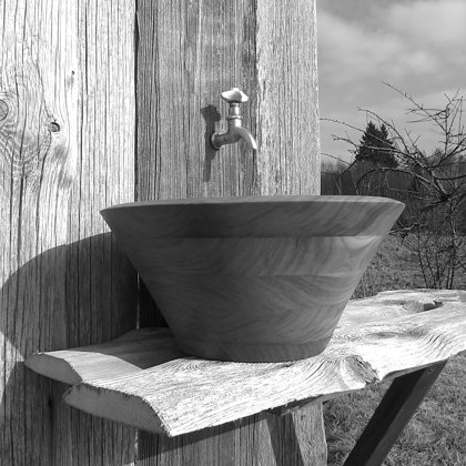 Elm wooden sink